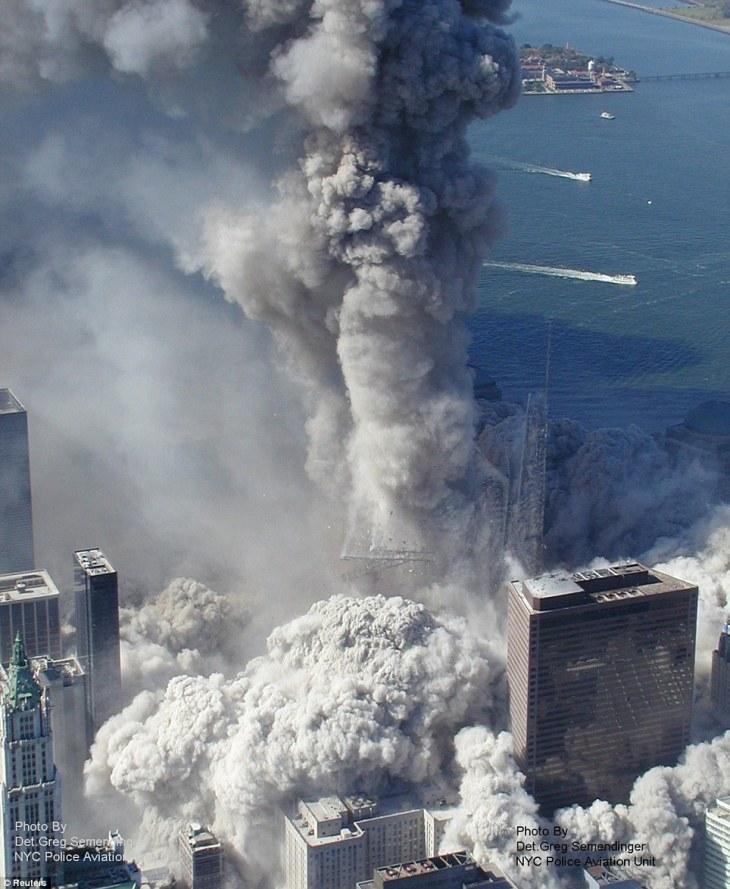 Twin Towers falling