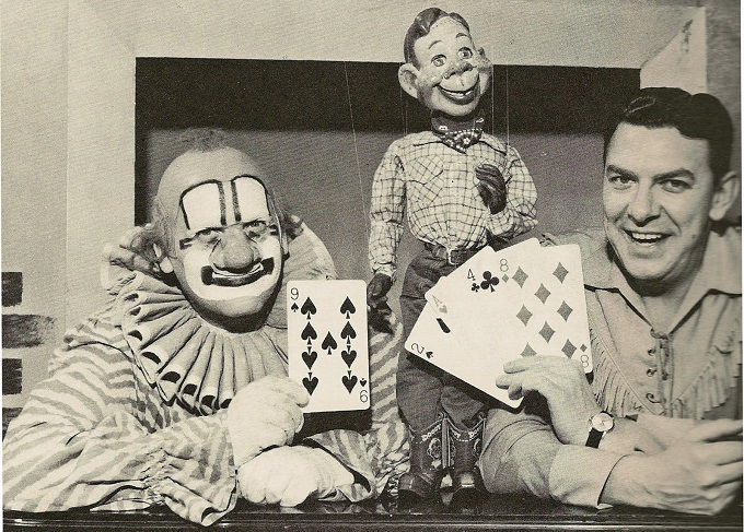 Howdy Doody plus clown