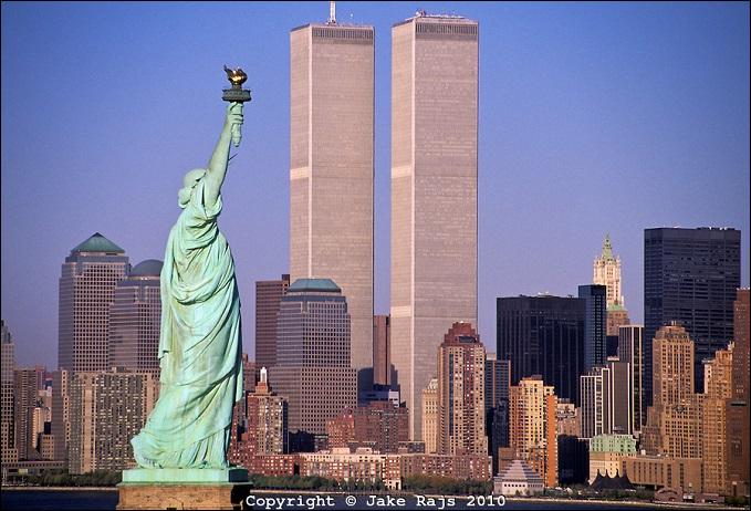 twin-towers-lady-liberty-no-logo