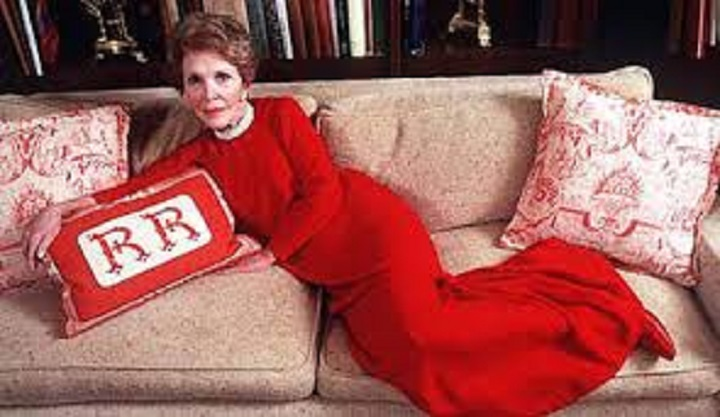 nancy-reagan-creeping-you-out-rr