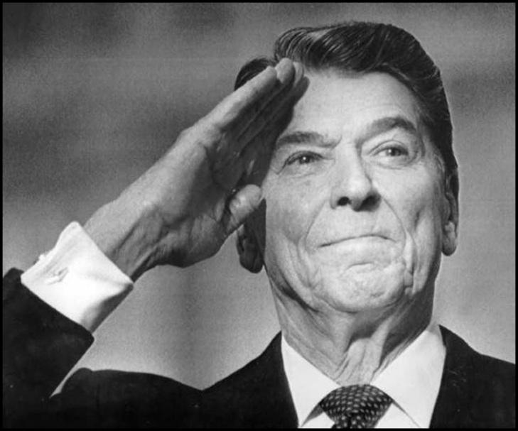 Reagan salute BW 800